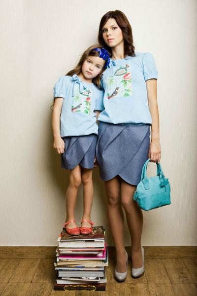 Одинаковая одежда для мамы и дочки